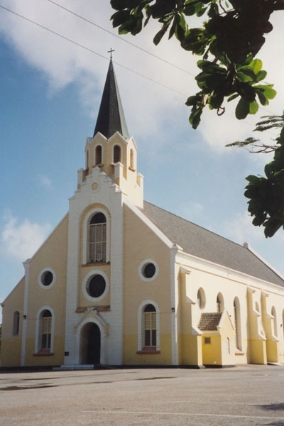Send picture of Church in Curacao from Netherlands Antilles as a free postcard