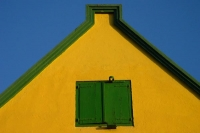 Foto de Top of a Curacao house in the capital Willemstad - Netherlands Antilles
