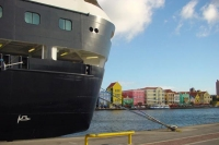 Foto van A big ship in the harbor of Curacao - Netherlands Antilles