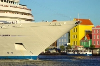 Foto van Big cruiser in Curacao - Netherlands Antilles
