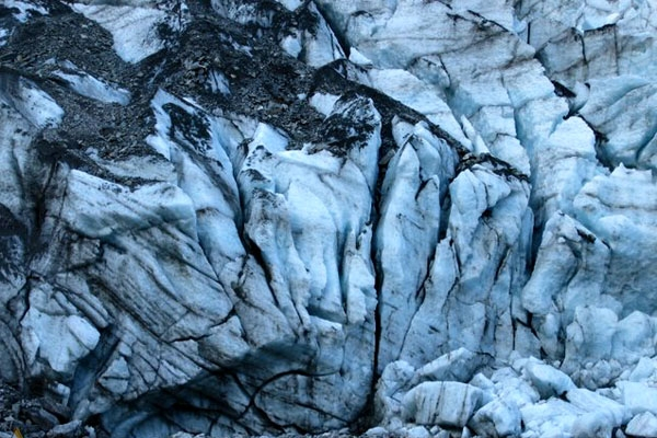 Send picture of Fox and Franz-Josef glaciers, Westland, South Island from New Zealand as a free postcard