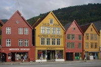 Photo de Shopping street in Bergen - Norway