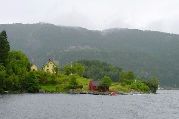 Enviar foto de Living close to nature in Norway de Noruega como tarjeta postal eletrónica