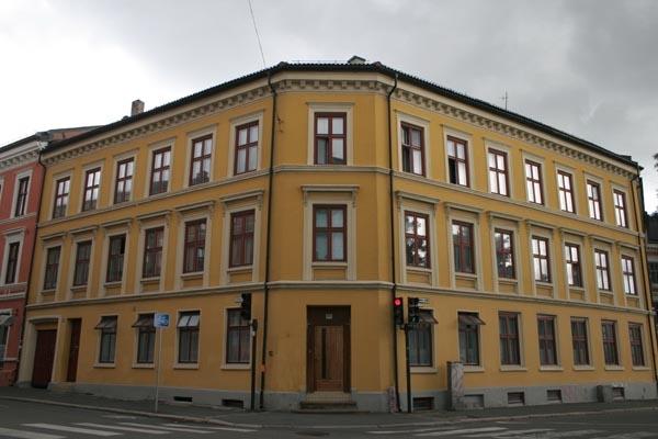 Stuur foto van Apartment building in Oslo van Noorwegen als een gratis kaart