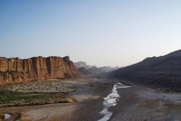 Spedire foto di The Bolan Pass di Pakistan come cartolina postale elettronica