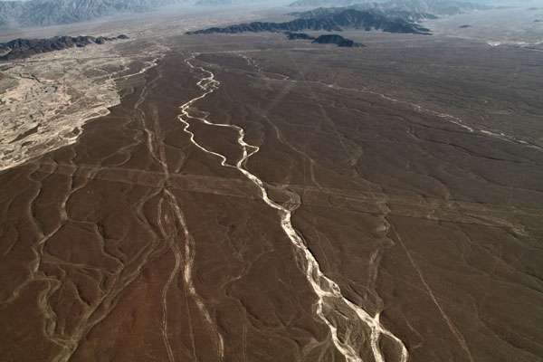 Send picture of Landscape of Nazca desert from Peru as a free postcard