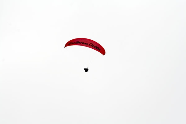 Send picture of Kite surfer in Lima from Peru as a free postcard