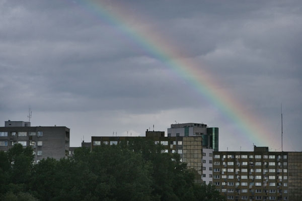 Send picture of Rainbow over Warsaw from Poland as a free postcard