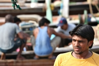 Klik om foto te vergroten van Mensen in Qatar
