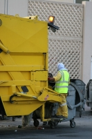 Photo de Trash collector in Doha - Qatar
