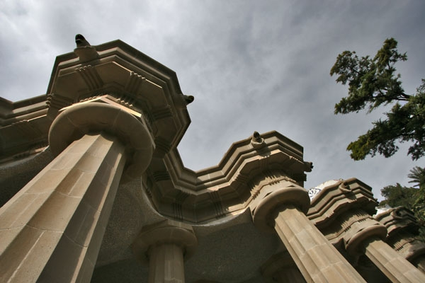 Send picture of Pillars in Park Güell in Barcelona from Spain as a free postcard