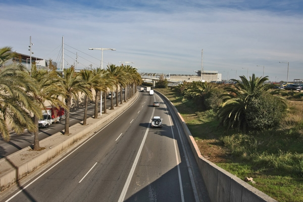 Send picture of A road in Barcelona from Spain as a free postcard