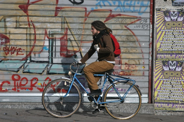 Send picture of Man cycling in Madrid from Spain as a free postcard
