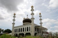 Click to enlarge picture of Religion in Surinam