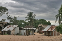Photo de Houses under a dark sky in Galibi - Surinam