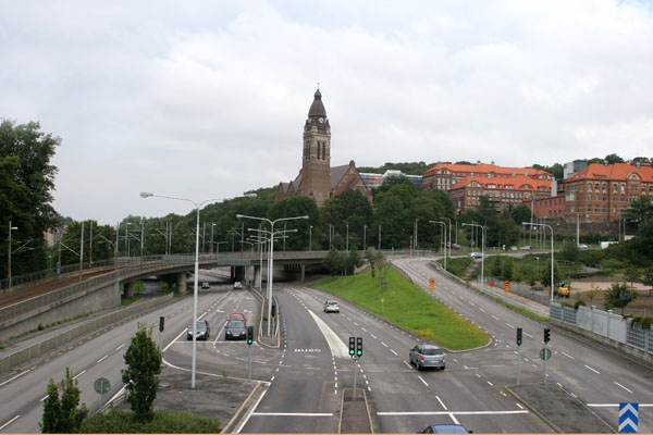 Send picture of Highway in Gothenburg near Slottkogsparken from Sweden as a free postcard