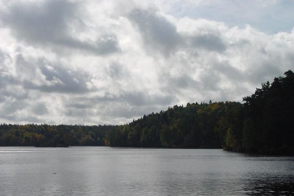 Send picture of Delsjön near Gothenburg from Sweden as a free postcard