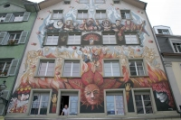 Foto van Colorful house facade in Lucerne - Switzerland