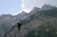 Foto de Exercising with ropes at Frkmntegg with Mount Pilatus in the background - Switzerland