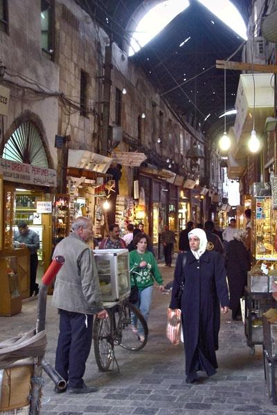 Stuur foto van Street in the bazaar in Damascus van Syrië als een gratis kaart