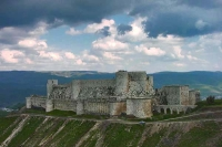 Photo de The beautiful and well preserved castle Krak des Chevaliers - Syria