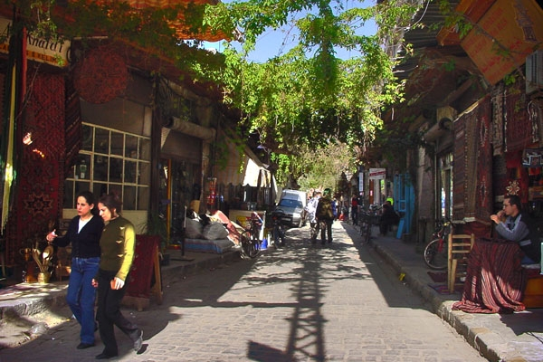  A Damascus street