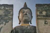 Foto van Buddha statue in Wat Phra Si Rattana Mahathat Chaliang - Thailand