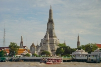 Photo de Wat Arun in Bangkok - Thailand
