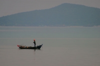 Photo de Fishing boat in Phang Nga Bay - Thailand