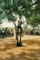 Foto van Performers in the streets in northern Togo - Togo