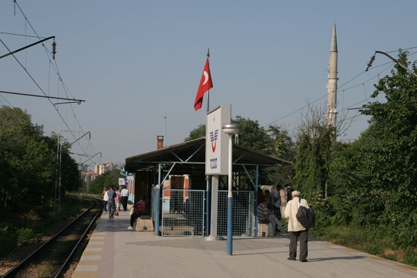 Send picture of Train station outside Istanbul from Turkey as a free postcard