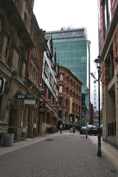 Spedire foto di Street in Manchester di Regno Unito come cartolina postale elettronica