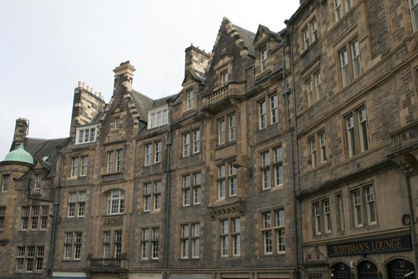Send picture of Edinburgh houses near the Royal Mile from United Kingdom as a free postcard