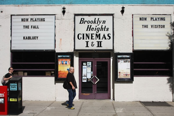 Send picture of Cinema in Brooklyn Heights from U.S.A. as a free postcard