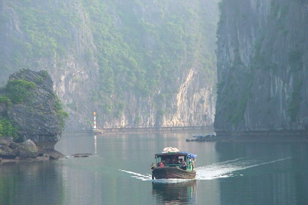 Send picture of Boat in Halong Bay from Vietnam as a free postcard