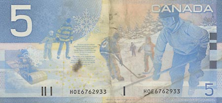 Image of money from Canada